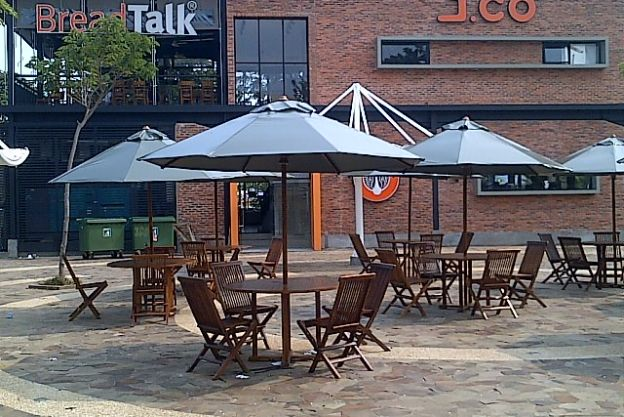 TENDA PAYUNG JATI CAFE BREAD TALK N JCO - TP 09 img_20150802_01889