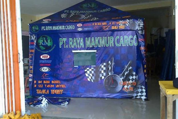 TENDA CAFE PIRAMIDA RACING + 4 SISI DINDING / TCP 07 tenda_cafe_b